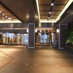 19857835 - センチュリーホテル入口