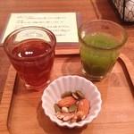 19858643 - 健康定食の前菜。食べる野菜サラダと生姜湯。