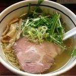 麺屋 旬 - 「しおらーめん」650円