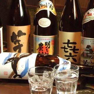旨い日本酒、焼酎など地酒を多数ご用意しております。