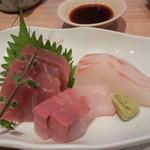 天ぷら新宿つな八 - お刺身