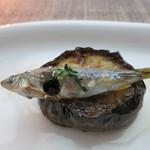 ラ・ソラシド フードリレーションレストラン - 稚鮎と赤茄子の天火焼き