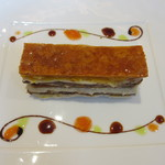 グリグリ - 仏産シャラン産鴨の腿肉と白隠元とオレンジのミルフィーユ仕立て