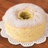 ケーキ&エッグ - 料理写真:シフォンケーキ ふんわりとした生地にももちっとした食感はどこか懐かしく、新鮮です。クリームが苦手な人でも食べやすいと評判。