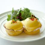 サラベス - 料理写真:クラッシック エッグベネディクト
