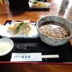 安万支 - 料理写真:天ぷら蕎麦