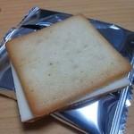 東京ミルクチーズ工場 - ソルトアンドカマンベール