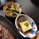 広尾 あいおい - ランチメニューあいおい御膳(1,200円)の副菜