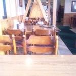 一品香 - テーブル席