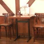 ビアド  - テーブル席