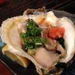 海鮮七輪焼 おどりや - 真っ先に岩牡蠣♪
