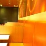 マクドナルド - 1階の2人用テーブル席