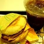マクドナルド - (朝マック)ソーセージマフィンとアイスコーヒー