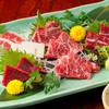 馬春楼 - 料理写真:【特選刺身盛合せ】本場・熊本阿蘇より直送の新鮮桜肉料理をご堪能くださいませ。