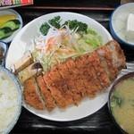 太田や食堂 - 後日注文したとんかつ定食950円