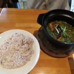 ビービーキューホッカイドウ - ローストした鶏肉のスープカレー(980円)