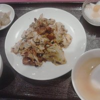 栄慶 - 週替わりの定食。5日間通っても、料理が選べます。