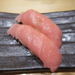あっぱれ寿司 - 色はきれいな大トロ