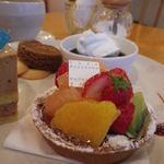 Cafe Kotonoha - 料理写真:フルーツタルトあっぷ