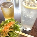 アジアン食堂 - レモンサワーとジャスミン茶とお通し