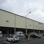 樽寿司 - 市場の建物