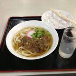 平田食事センター - 肉うどん,おでんは食べてしまった後