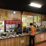 平田食事センター - 店内
