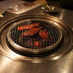 (卸)調布食肉センター - カルビ