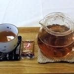 よんふくcafe - 番茶