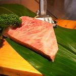 ニュー松坂 - 初めて見た松阪牛のロース肉
