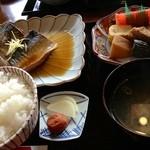 うめの店 - 日替わりサバ煮定食¥900