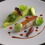 エディション・コウジ シモムラ - 料理写真:金目鯛と春キャベツ