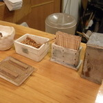 石臼挽き手打 蕎楽亭 - 調味料、薬味等