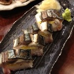魚問屋 魚一商店 - 炙り締め鯖のの棒寿司