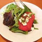 ゆらり - 料理写真:モッツァレラとトマトのサラダ