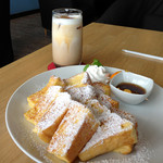 Cafe Gold Coast - 絶品ふわふわフレンチトースト600円