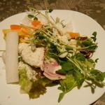 元気な食卓 - サラダ一皿目