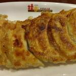 桂園 香港酒家 - 桂園焼き餃子:180円