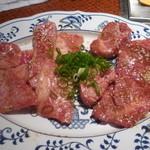 19929829 - ロース(国産和牛)、バラ(国産和牛)