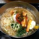 リーフキッチン - 冷麺 大盛