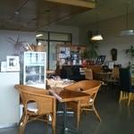 cafe Pea Berry - 落ち着いた店内です。