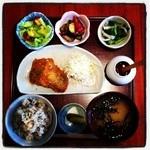 かまいキッチン KAMAY KITCHEN - 日替わりのお魚メニュー。サバのカレーフライ定食