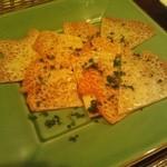 ラ・テッパーニャ 十三 - カリカリチーズチップス
