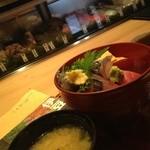 19944756 - 海鮮丼