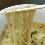 Tsurumen - 冷やし塩ワンタン麺 麺