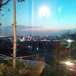 リストランテ アプリコート - やや遠くに望む夜景