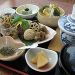 健康食工房 たかの - 金沢で唯一の厳格にこだわりをもった自然食穀菜食のマクロビオティック料理の店「たかの」の体の内側から綺麗になる事を願ったお料理の数々。