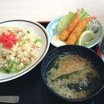 北陸食堂 - 料理写真:日替わり定食@800