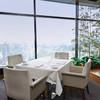 スカイレストランアンドラウンジ L&R - 内観写真:地上80からの景色を眺めながら、お食事をお楽しみください。