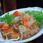タイ料理 プリック タイ - シーフード春雨サラダ